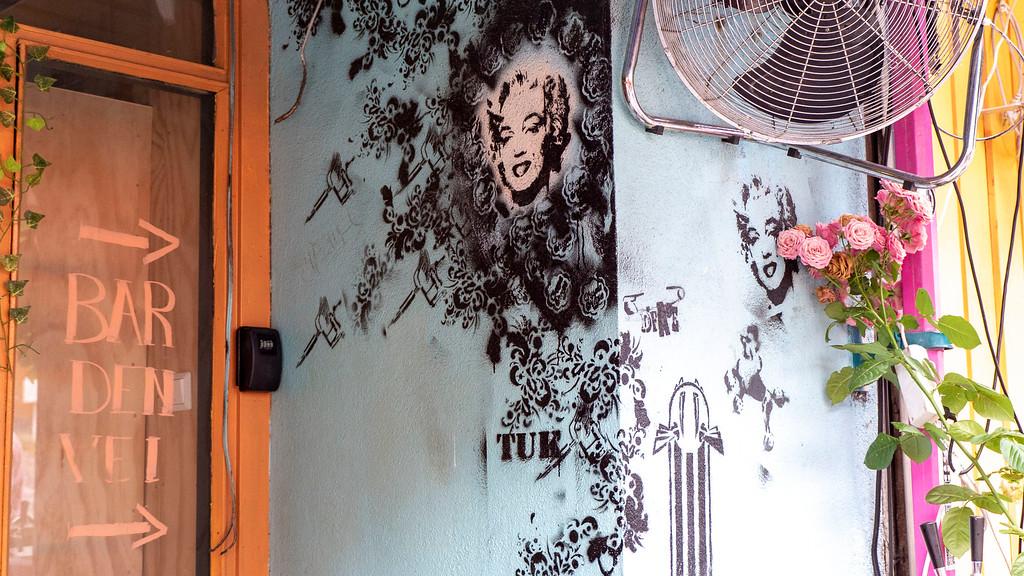 Street art Stavanger - Color Street - Marilyn Monroe stencil