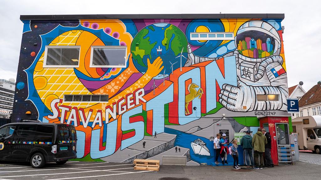 Houston and Stavanger mural - Street art Stavanger
