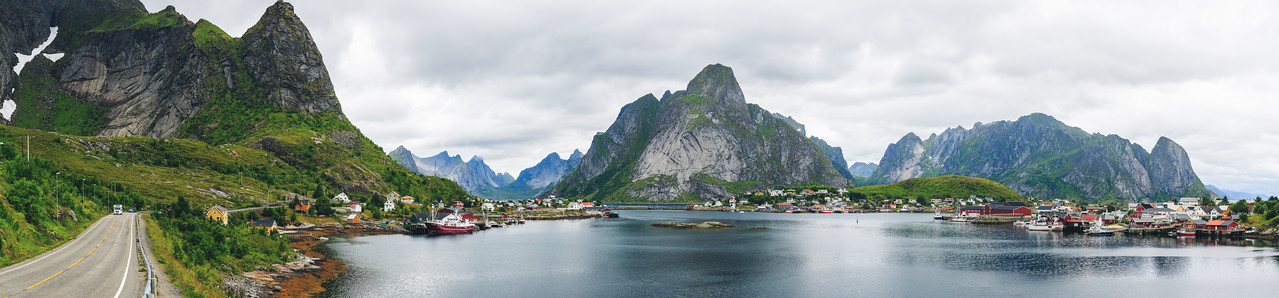 Reine Norway Pano 2