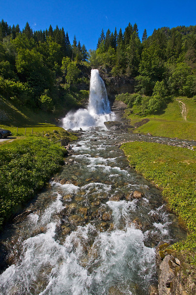 A really neat waterfall at Oystese by the Hardangerfjorden.
