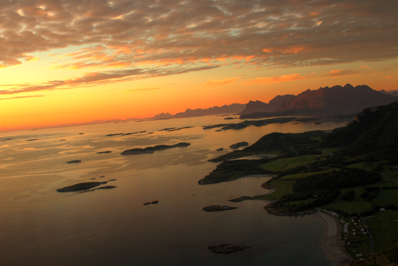 Sunset over Løpsvika