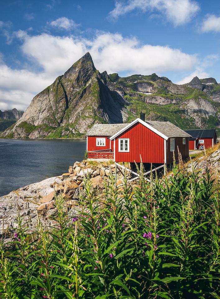 Hamnøy House