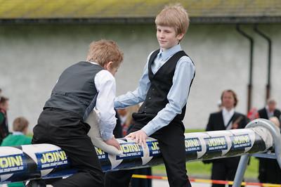 Oskar hatte leichtes Spiel mit Richard bei der Kissenschlacht.