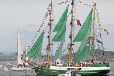 Das Schiff mit den grünen Segeln kennt man ja aus der Werbung.