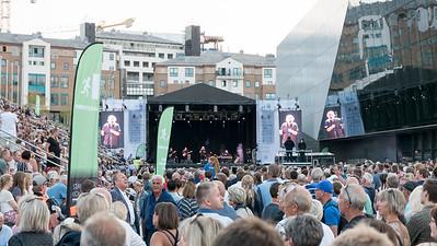 Dort spielte Bjørn Eidsvåg.