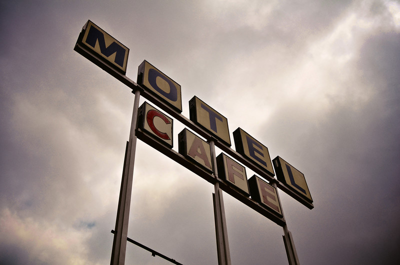 Motel/Cafe