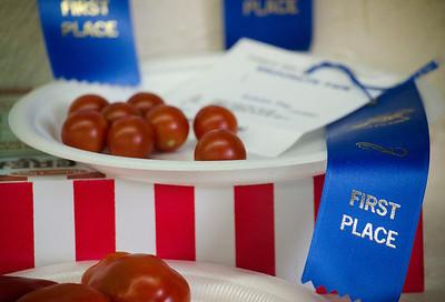Blue ribbon tomatoes