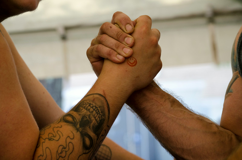 Arm-wrestling contest