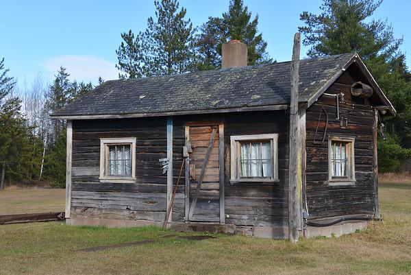 Vintage Cabins