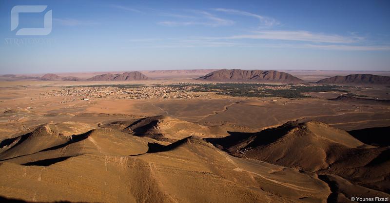 Vue sur Figuig. Bni Ounif et l'Algérie sont juste derrière