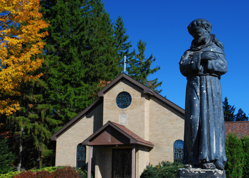 101710<br /> St. Francis of Assisi Catholic Church<br /> <br /> I took this in a small town on my ride up to New York last Saturday. I did not have internet access to post this last weekend.<br /> I am back home and have several memory cards of pictures I haven't had a chance to look at yet and will be posting and commenting throughout the week.<br /> <br /> Thanks for the supportive comment on the photographs that I did get the chance to post last week.<br /> <br /> Have a blessed Sunday.