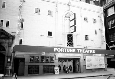 "FORTUNE THEATRE ""Dr. FAUSTUS"""