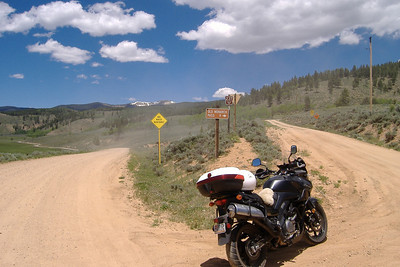 Turn-off for Old Monarch Pass.