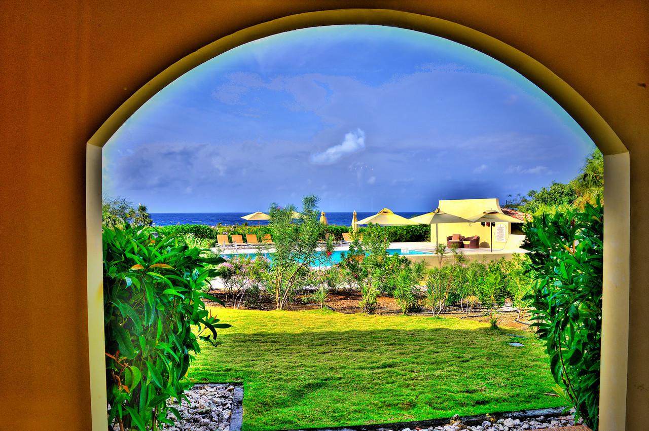 Curacao2013_HDRI_PhotoMtrx_02282013_0751_2_3_4_5_tonemapped_Adobed1