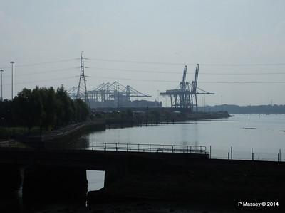 Docks from Redbridge Causeway Southampton PDM 03-09-2014 11-51-20