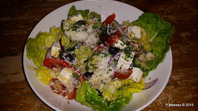 Greek Salad The Swan Lyndhurst 30-09-2015 19-39-00