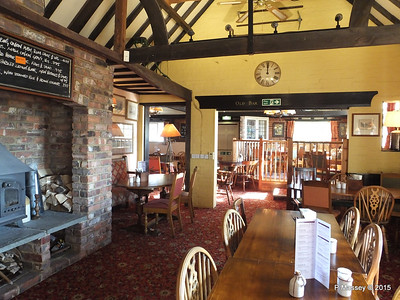 Walhampton Arms Nr Lymington 01-10-2015 15-27-39