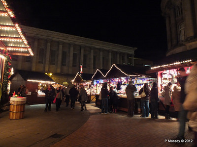 Victoria Square Frankfurt Christmas Market 05-12-2012 18-32-47