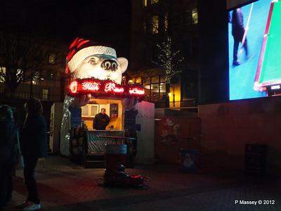 Victoria Square Frankfurt Christmas Market 05-12-2012 18-43-38