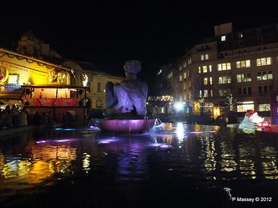 Victoria Square Frankfurt Christmas Market 05-12-2012 18-34-20