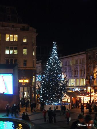 Victoria Square Frankfurt Christmas Market 05-12-2012 18-34-56