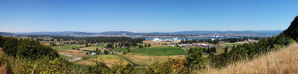 Columbia River Valley Panorama, Oregon