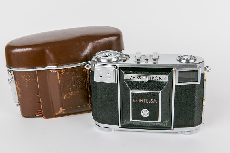 1953 Zeiss Ikon 533/24 Contessa