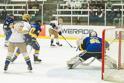 Div1 Hockey v DV--_MG_5503