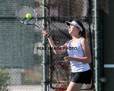 NDP Girls Tennis2018-A23I2297