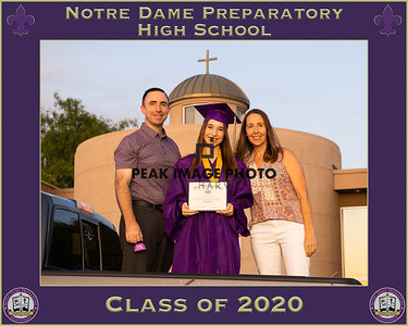 Frame for Photos NDP Diploma Dist 2020 - B34I0908