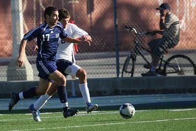 ND Varsity Soccer Loyola-Niehaus-9514-1