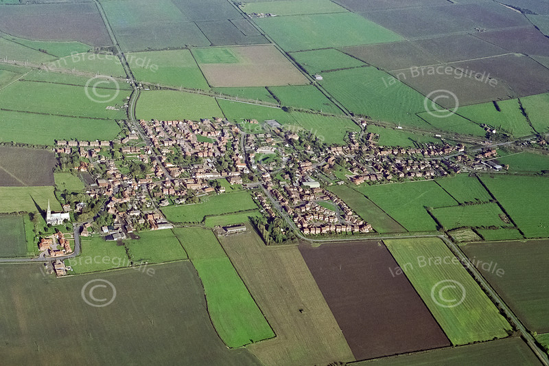 Aerial photo of Claypole.