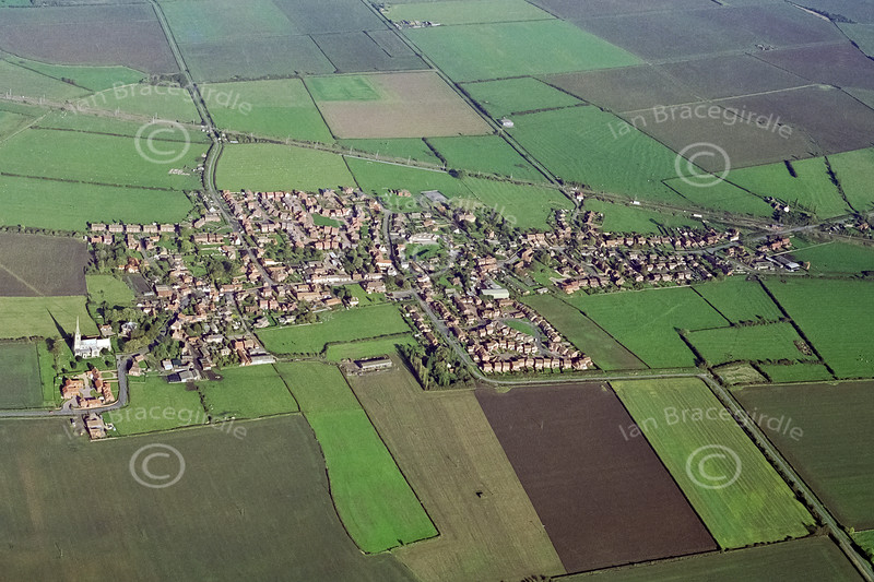 Aerial photo of Claypole.