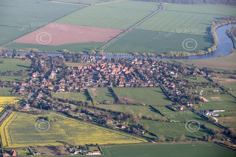 Aerial photo of Fiskerton.