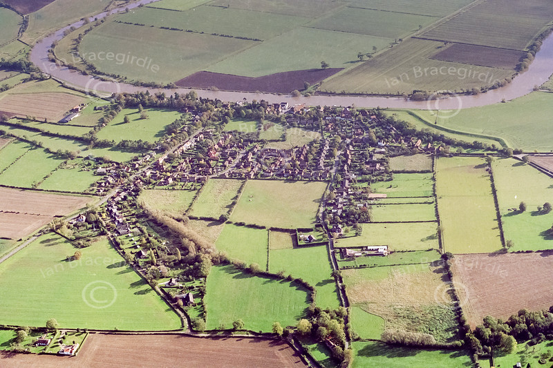 Aerial photo Fiskerton.