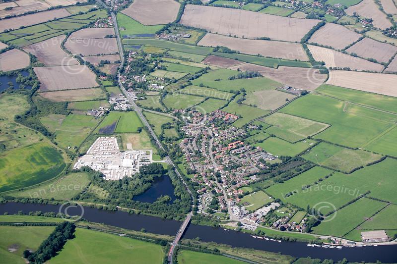 Aerial photo of Gunthorpe.
