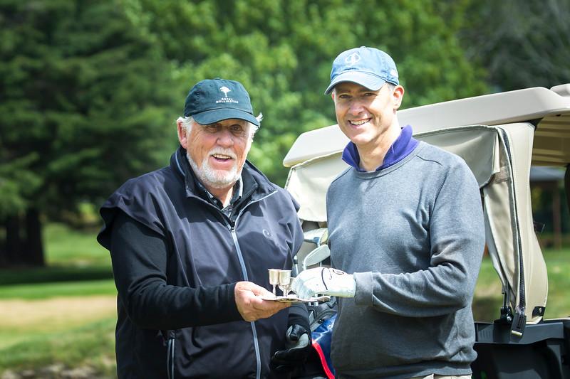 20181104 Rodney Tregerthan and Duncan Ferrier imbibing - RWGC - 2018 Baffy  _JM_6955
