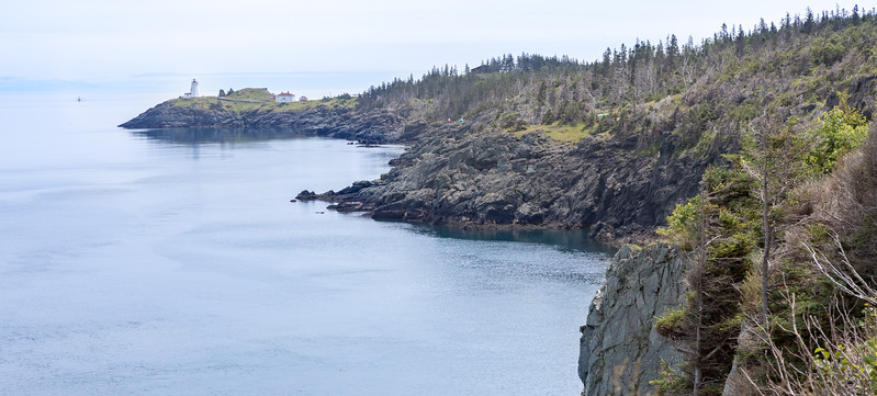 Hiking along the trail between Hole-In-The-Wall and SwallowTail Lighthouse