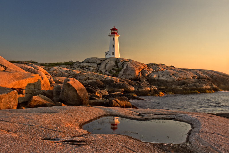 Peggy's Point Lighthouse, Late Afternoon