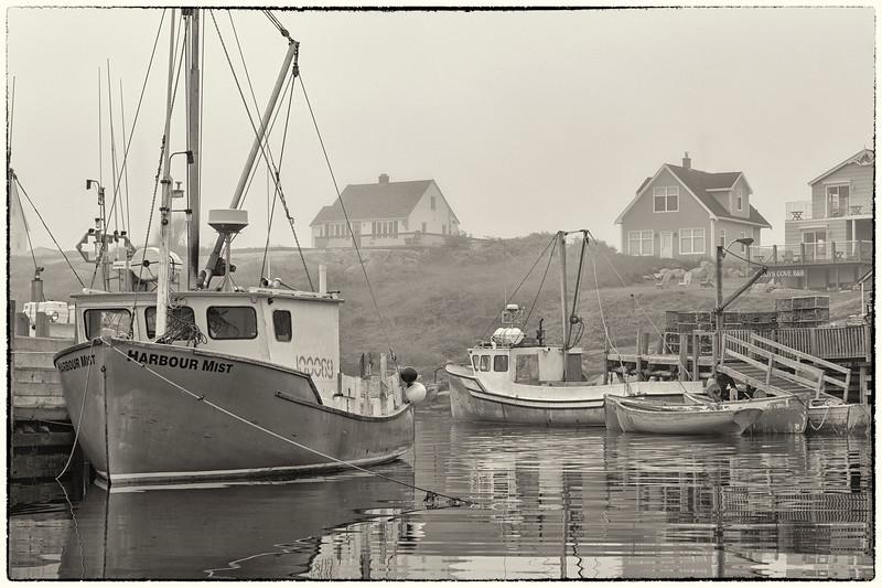 'Harbour Mist' - BW