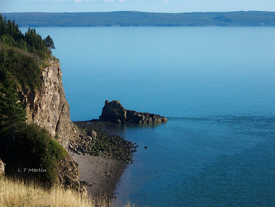The other side of Cape Split looking towards Scots Bay