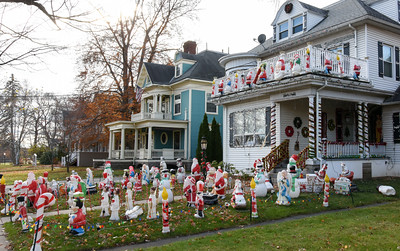 112216  Wesley Bunnell | Staff  The New Britain Christmas House on Lexington St.