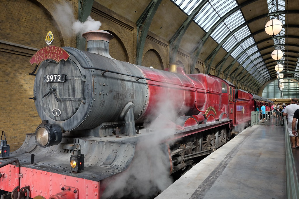 Hogwarts Express train at the Wizarding World of Harry Potter Orlando