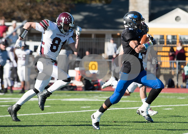 11/23/17 Wesley Bunnell | Staff Plainville football was defeated by Farmington on Thanksgiving morning for The Olde Canal Cup. Ej Wynkoop (2) with a TD run.