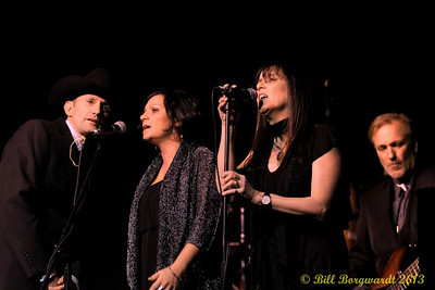 Ridley Bent, Angela Harris & Wendy Bird - Barney Bentall & the Grand Caribou Opry