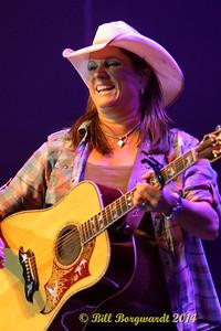 Terri Clark - River Cree 075