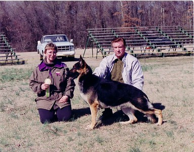 This was a freind of mine dog that I showed for him at a match. This was a really nice built dog.