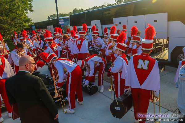 Welcome to Evanston, @UNLbands!