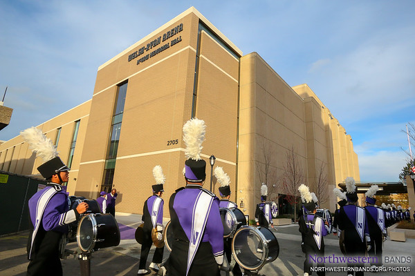 It's #B1GCATS Game Day at Welsh-Ryan Arena!