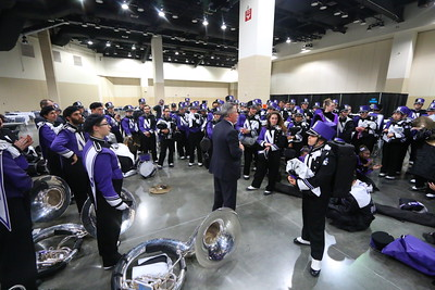 Mr. Farris Gives #B1G Thanks the Wildcat Band